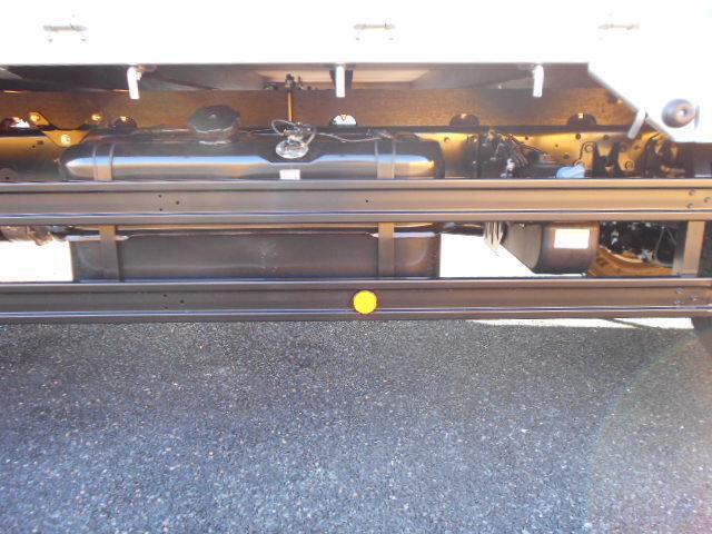三菱 ファイター 中型 平ボディ 床鉄板 アルミブロック|車検  トラック 画像 キントラ掲載