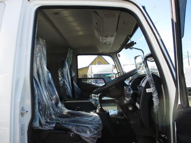 三菱 ファイター 中型 平ボディ アルミブロック ベッド|積載 8.4t トラック 画像 ステアリンク掲載
