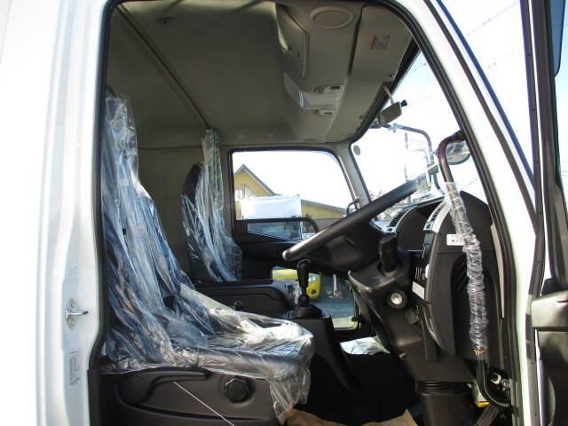 三菱 ファイター 中型 平ボディ ベッド 2KG-FK62F|走行距離 0.1万km トラック 画像 トラックランド掲載
