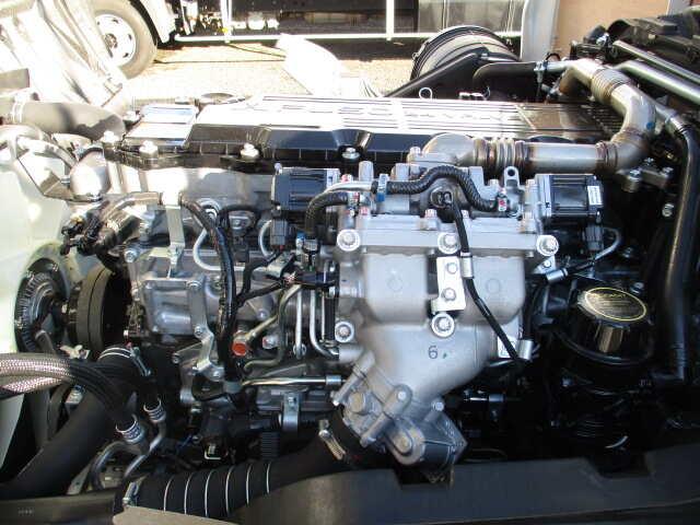 三菱 ファイター 中型 平ボディ ベッド 2KG-FK62F|シフト MT6 トラック 画像 ステアリンク掲載