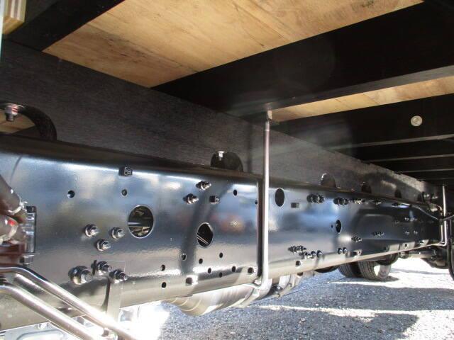 三菱 ファイター 中型 平ボディ ベッド 2KG-FK62F|シャーシ トラック 画像 キントラ掲載