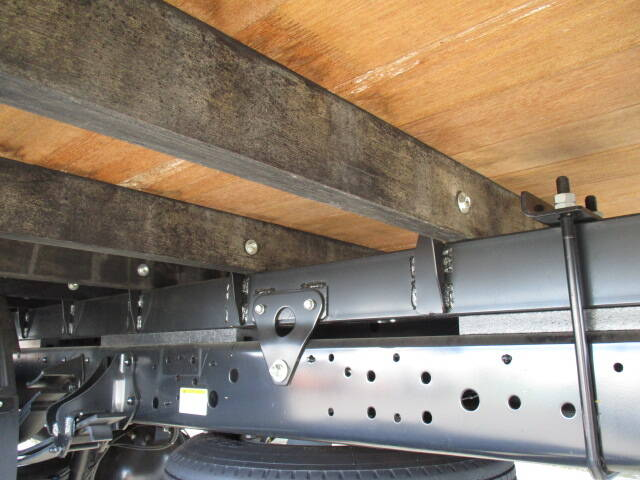 日野 レンジャー 中型 平ボディ アルミブロック ベッド|シャーシ トラック 画像 キントラ掲載