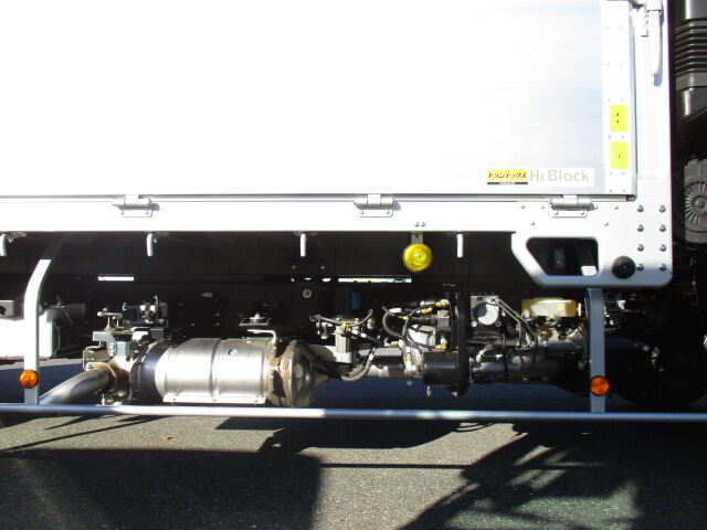 日野 レンジャー 中型 平ボディ アルミブロック ベッド|タイヤ トラック 画像 トラック市掲載