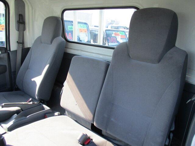 いすゞ エルフ 小型 平ボディ パワーゲート SKG-NNR85AR|駆動方式 4x2 トラック 画像 リトラス掲載