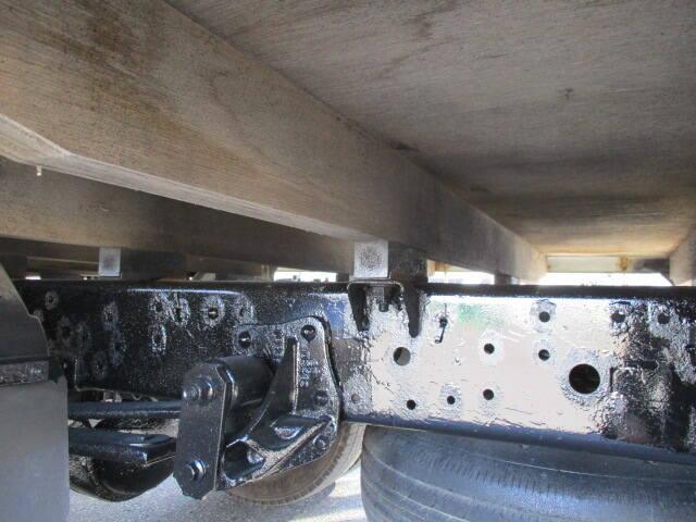 いすゞ エルフ 小型 平ボディ パワーゲート SKG-NNR85AR|タイヤ トラック 画像 トラック市掲載