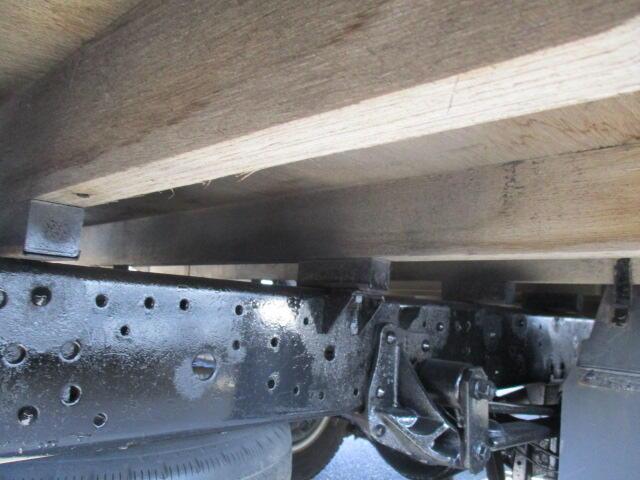 いすゞ エルフ 小型 平ボディ パワーゲート SKG-NNR85AR|馬力 150ps トラック 画像 トラックバンク掲載