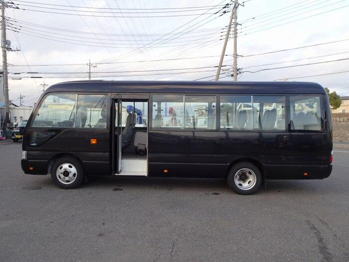 トヨタ コースター 小型 バス マイクロバス SDG-XZB50|駆動方式 4x2 トラック 画像 リトラス掲載