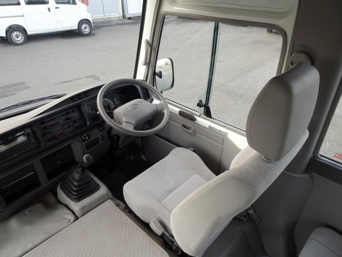 トヨタ コースター 小型 バス マイクロバス SDG-XZB50|車検  トラック 画像 キントラ掲載