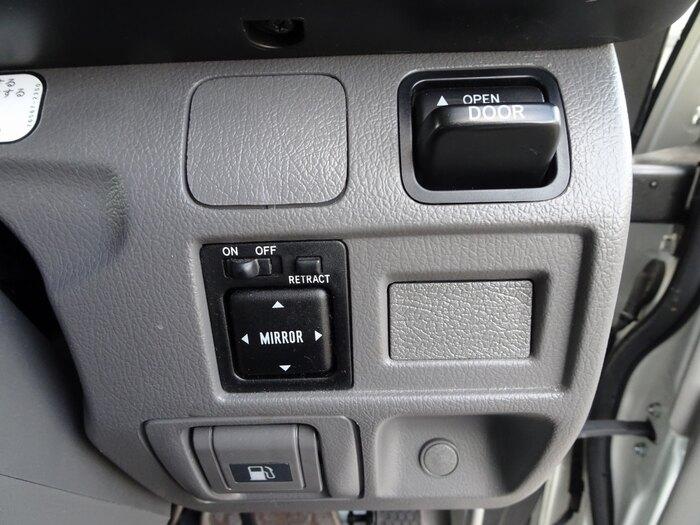 トヨタ コースター 小型 バス マイクロバス SDG-XZB50|年式 H27 トラック 画像 トラックサミット掲載