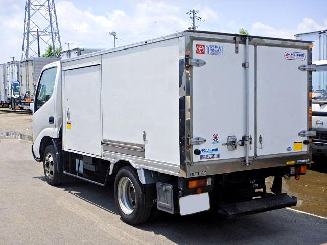 トヨタ トヨエース 小型 冷凍冷蔵 中温 床ステン|トラック 右後画像 リトラス掲載