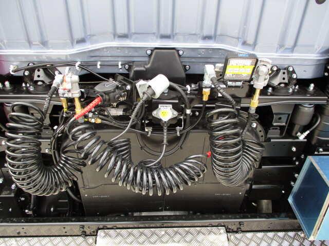 三菱 スーパーグレート 大型 トラクタ 1デフ ベッド|画像11