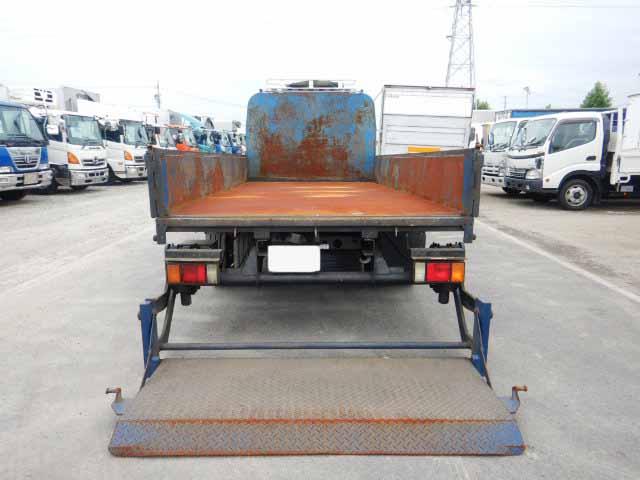 マツダ タイタン 小型 平ボディ パワーゲート 床鉄板|フロントガラス トラック 画像 トラック王国掲載