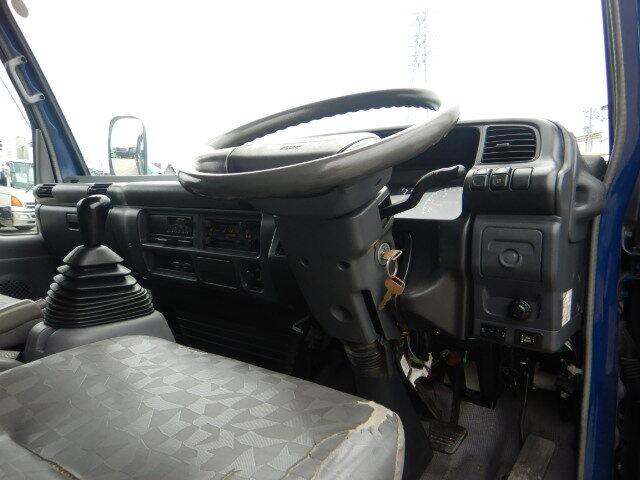 マツダ タイタン 小型 平ボディ パワーゲート 床鉄板|型式 PB-LPR81AR トラック 画像 栗山自動車掲載