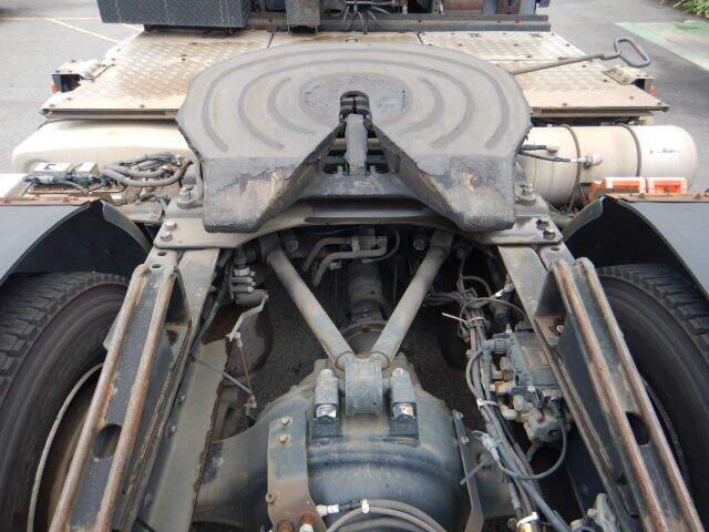 日産UD クオン 大型 トラクタ 1デフ エアサス|フロントガラス トラック 画像 トラック王国掲載