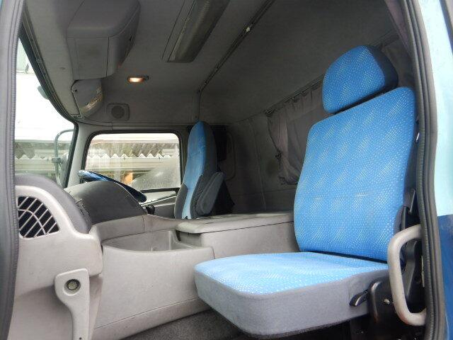 日産UD クオン 大型 トラクタ 1デフ エアサス|リサイクル券 14,260円 トラック 画像 トラック市掲載