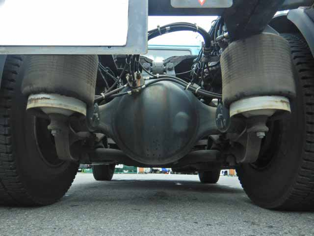 日産UD クオン 大型 トラクタ 1デフ エアサス|年式 H18 トラック 画像 トラックサミット掲載