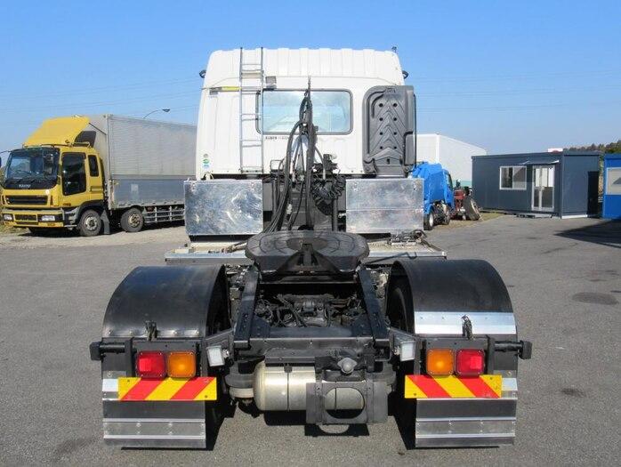 いすゞ ギガ 大型 トラクタ ハイルーフ 1デフ トラック 背面・荷台画像 トラック市掲載