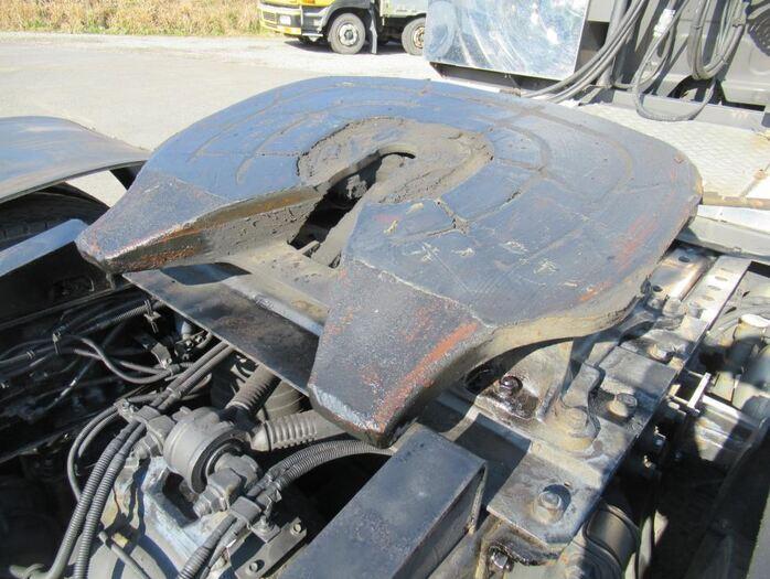 いすゞ ギガ 大型 トラクタ ハイルーフ 1デフ 荷台 床の状態 トラック 画像 トラックサミット掲載