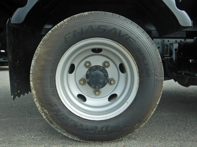 いすゞ エルフ 小型 平ボディ パワーゲート 床鉄板|リサイクル券 8,340円 トラック 画像 トラック市掲載