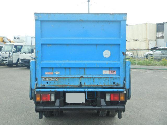 いすゞ エルフ 小型 平ボディ パワーゲート 床鉄板|走行距離 4.5万km トラック 画像 トラックランド掲載