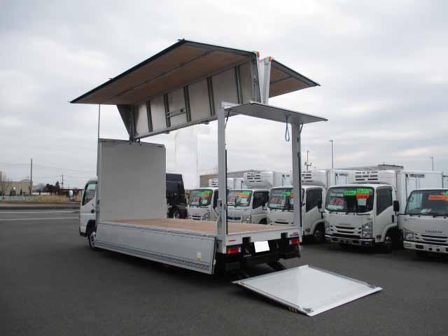 三菱 キャンター 小型 ウイング パワーゲート TPG-FEB50|運転席 トラック 画像 トラック王国掲載