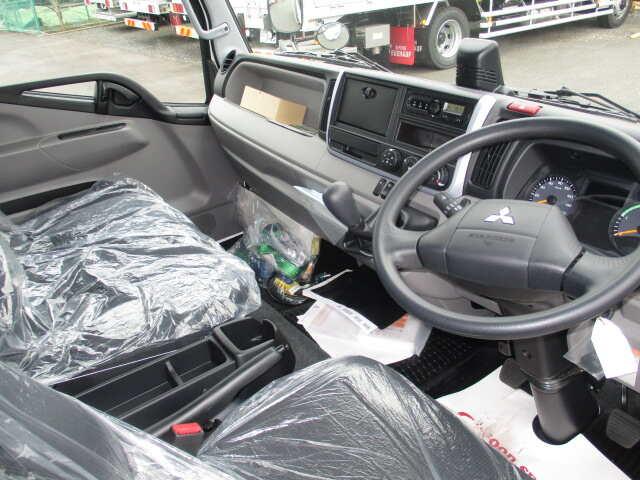 三菱 キャンター 小型 ウイング パワーゲート TPG-FEB50|荷台 床の状態 トラック 画像 トラックサミット掲載