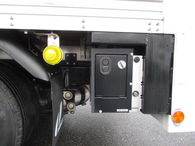 三菱 キャンター 小型 アルミバン パワーゲート サイドドア|画像18