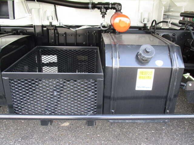 日野 レンジャー 中型 パッカー車 プレス式 2KG-FC2ABA|走行距離 0.1万km トラック 画像 トラックランド掲載