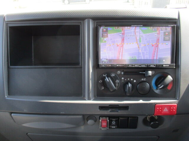 いすゞ エルフ 小型 アルミバン サイドドア TPG-NLR85AN 画像10