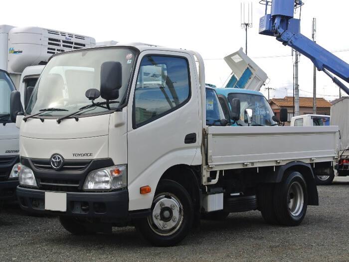 トヨタ トヨエース 小型 平ボディ TKG-XZU605 H28|トラック 左前画像 トラックバンク掲載
