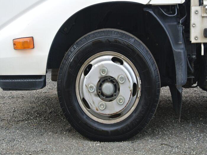 トヨタ トヨエース 小型 平ボディ TKG-XZU605 H28|積載 2t トラック 画像 ステアリンク掲載