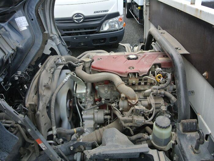 トヨタ トヨエース 小型 平ボディ TKG-XZU605 H28|荷台 床の状態 トラック 画像 トラックサミット掲載