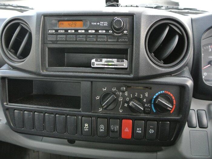 トヨタ トヨエース 小型 平ボディ TKG-XZU605 H28|走行距離 5.7万km トラック 画像 トラックランド掲載