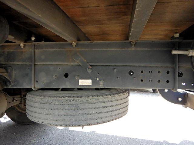 三菱 ファイター 中型 平ボディ 床鉄板 TKG-FK71F|フロントガラス トラック 画像 トラック王国掲載