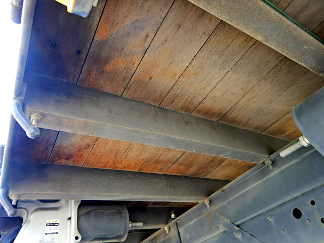 三菱 ファイター 中型 平ボディ 床鉄板 TKG-FK71F|架装 郡司車体 トラック 画像 トラックバンク掲載