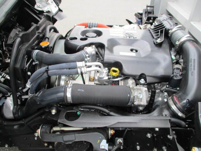 いすゞ エルフ 小型 ウイング TRG-NMR85AN H29|型式 TRG-NMR85AN トラック 画像 栗山自動車掲載