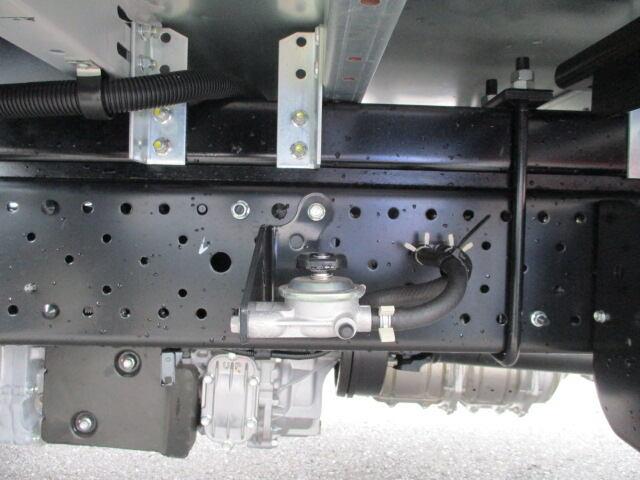 いすゞ エルフ 小型 ウイング TRG-NMR85AN H29|走行距離 0.1万km トラック 画像 トラックランド掲載