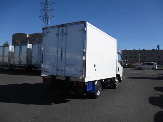 いすゞ エルフ 小型 冷凍冷蔵 低温 スタンバイ 画像2