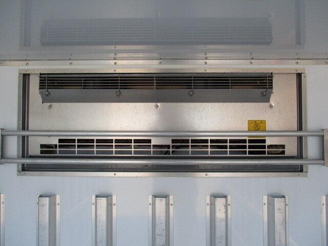 いすゞ エルフ 小型 冷凍冷蔵 低温 スタンバイ 画像6