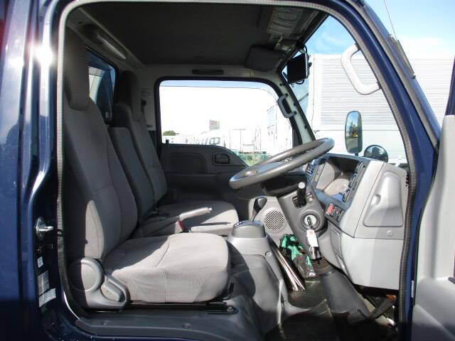 いすゞ エルフ 小型 冷凍冷蔵 低温 2室 積載 2t トラック 画像 ステアリンク掲載