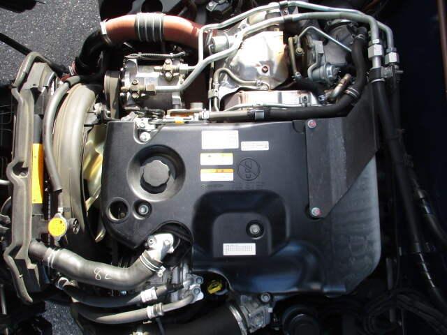 いすゞ エルフ 小型 冷凍冷蔵 低温 2室 年式 H26 トラック 画像 トラックサミット掲載