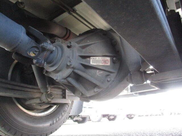 いすゞ エルフ 小型 冷凍冷蔵 低温 2室 タイヤ トラック 画像 トラック市掲載