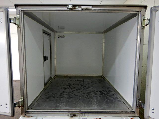 中古 冷凍冷蔵軽 スズキキャリイ トラック H26 EBD-DA16T