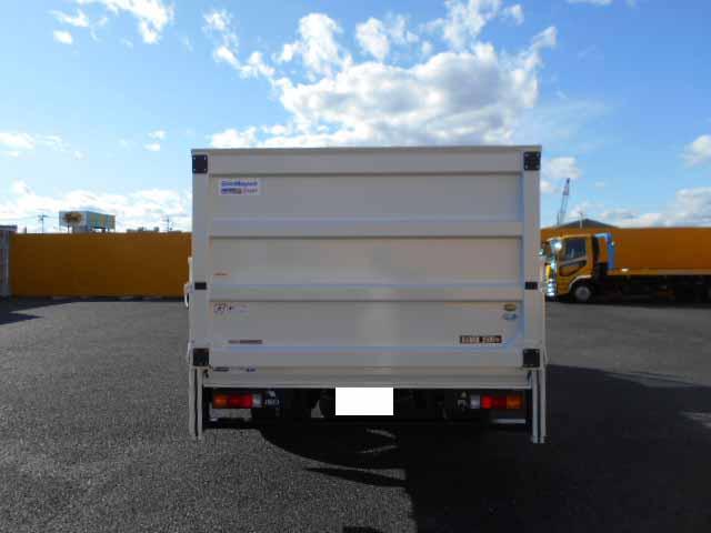 三菱 キャンター 小型 平ボディ パワーゲート 2PG-FEB80|駆動方式 4x2 トラック 画像 リトラス掲載