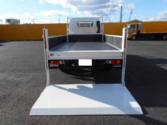 三菱 キャンター 小型 平ボディ パワーゲート 2PG-FEB80|トラック 背面・荷台画像 トラック市掲載