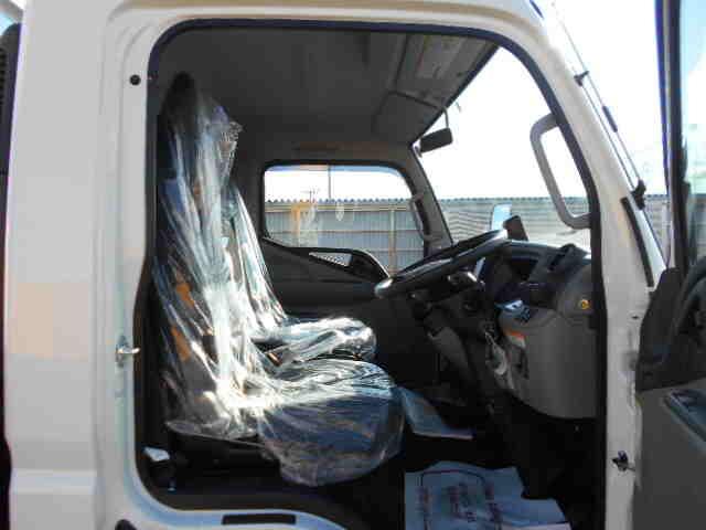 三菱 キャンター 小型 平ボディ パワーゲート 2PG-FEB80|車検  トラック 画像 キントラ掲載