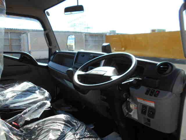 三菱 キャンター 小型 平ボディ パワーゲート 2PG-FEB80|架装 新明和 トラック 画像 トラックバンク掲載