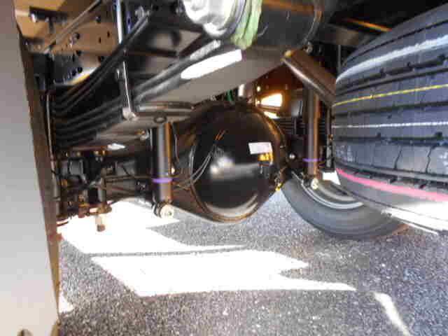 三菱 キャンター 小型 平ボディ パワーゲート 2PG-FEB80|シャーシ トラック 画像 キントラ掲載