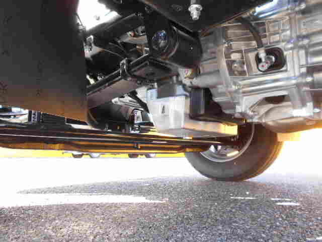 三菱 キャンター 小型 平ボディ パワーゲート 2PG-FEB80|馬力 150ps トラック 画像 トラックバンク掲載