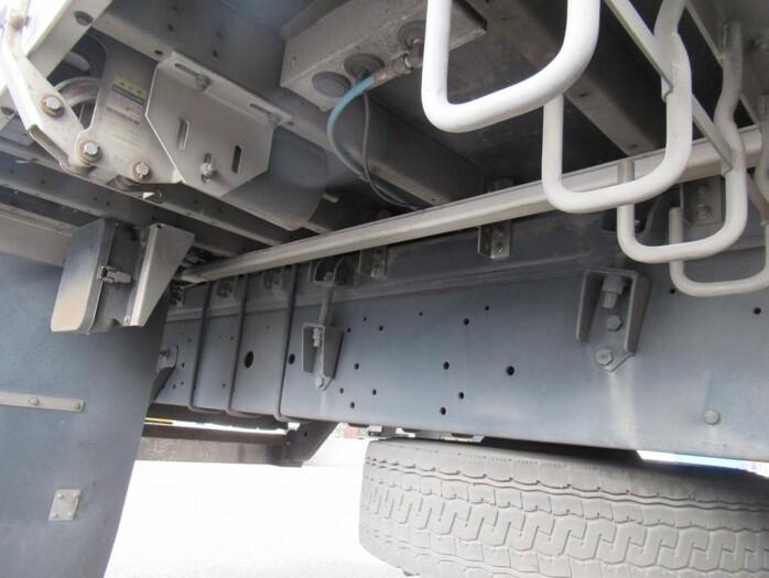 日産UD クオン 大型 ウイング エアサス ジョルダー|架装 フルハーフ トラック 画像 トラックバンク掲載